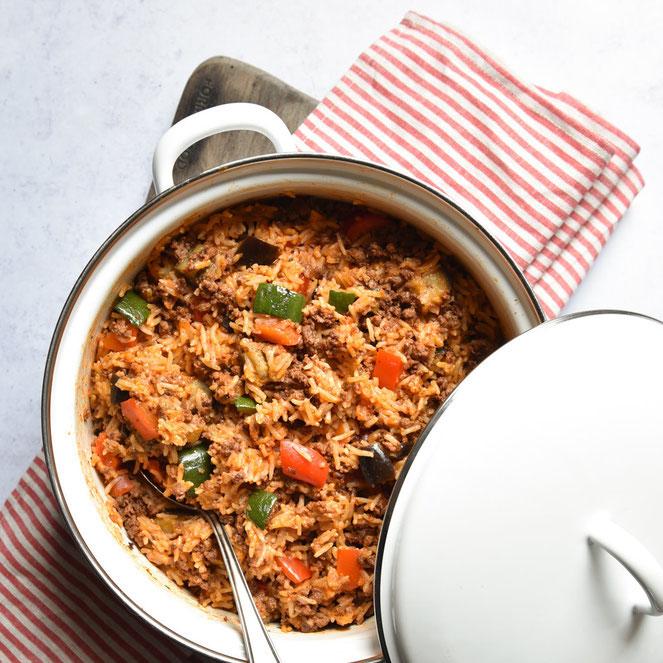 Bunter Reistopf mit Gemüse und (Veggi-)Hack, Gemüse und Reis werden im Thermomix gekocht, das (Veggie-)Hack wird in der Pfanne gemacht und zum Schluss zugegeben, vegan, vegetarisch