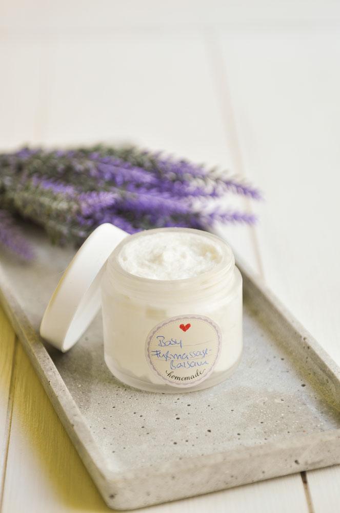 Lavendel Fußbalsam für Babys Fussmassage