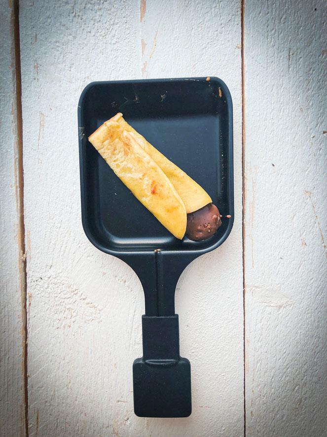 Outdoor Raclette, Dessert Nachtisch Pfännchen Crêpes mit Nutella