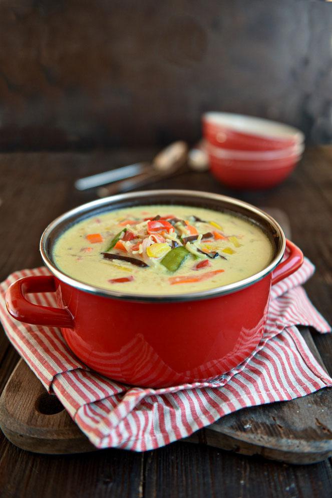Thai Curry Suppe, super Partysuppe oder leckeres Mittagessen, ganz einfach zu machen, wenige Zutaten, ruck zuck gemacht, vegan, vegetarisch, Thermomix