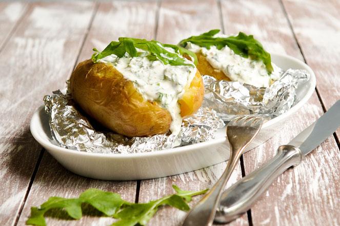 Rucola Creme zu Ofenkartoffen, oder als Dip zum Grillen etc.