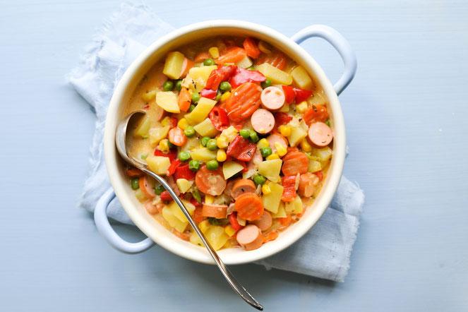 Kartoffel Topf mit viel Gemüse und Würstchen vegetarisch, vegan möglich aus dem Thermomix
