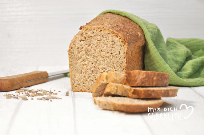 Toastbrot selbst gemacht wie Körner Harmonie von Golden Toast mit dem Thermomix vegan möglich