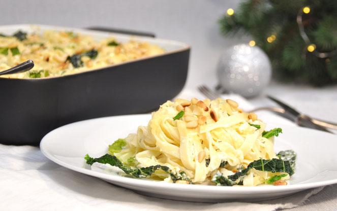 Pasta in Sahne Weißweinsoße mit Wirsing Streifen vegan vegetarisch Weihnachtsessen aus dem Thermomix