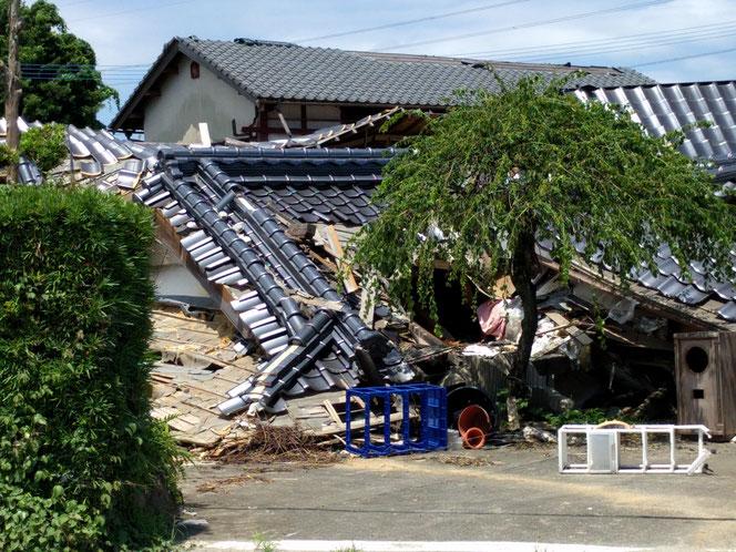 2016/4 熊本地震被災家屋(濱田撮影)