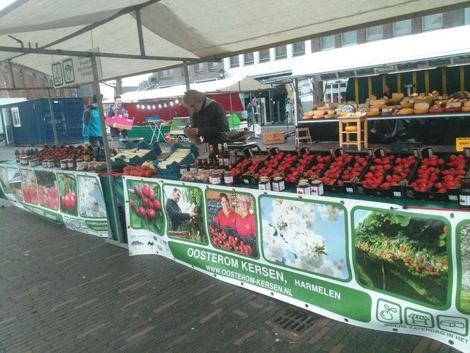 streekmarkt woerden aardbeien oosterom kersen lokaal eten streekproducten kerkplein Bram Wacker