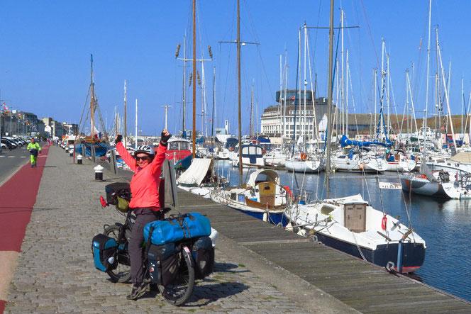 Fécamp an der Kanalküste - wir sind am Meer!
