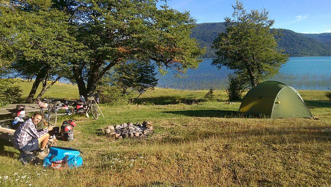 Morgen an der wunderschönen Laguna Galletue.