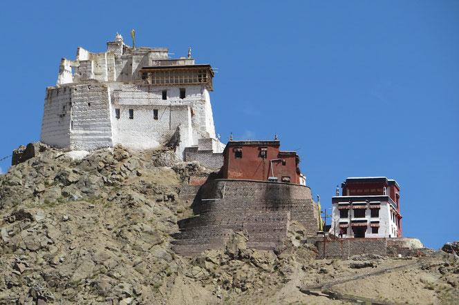 Kloster oberhalb Leh.