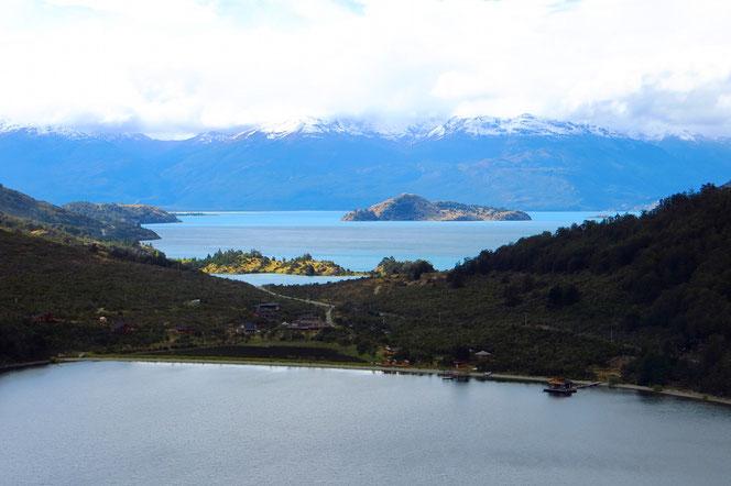 Blick vom Lago Negro zum General Carrera Lake.