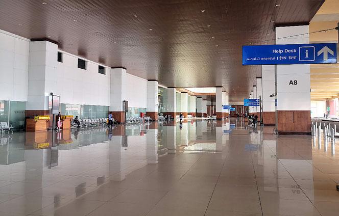 Gähnende Leere im Kochin International Airport. Geradezu unheimlich.