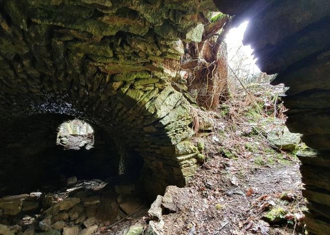 Der Keller der einstigen Spinnerei ist heute noch begehbar. Gegen Ende des Zweiten Weltkriegs wurden dort Lebensmittel gelagert. Foto: Andreas Bauer