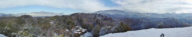 天空の城「苗木城跡」雪景色。冬景色