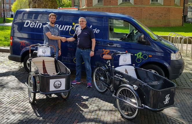 05. Mai 2018 Übergabe des zweiten Johnny Loco Cargo Cuiser an den Verein www.Dein-Deichrad.de als Dauerleihgabe. Wir wünschen allzeit gute und unfallfreie Fahrt !
