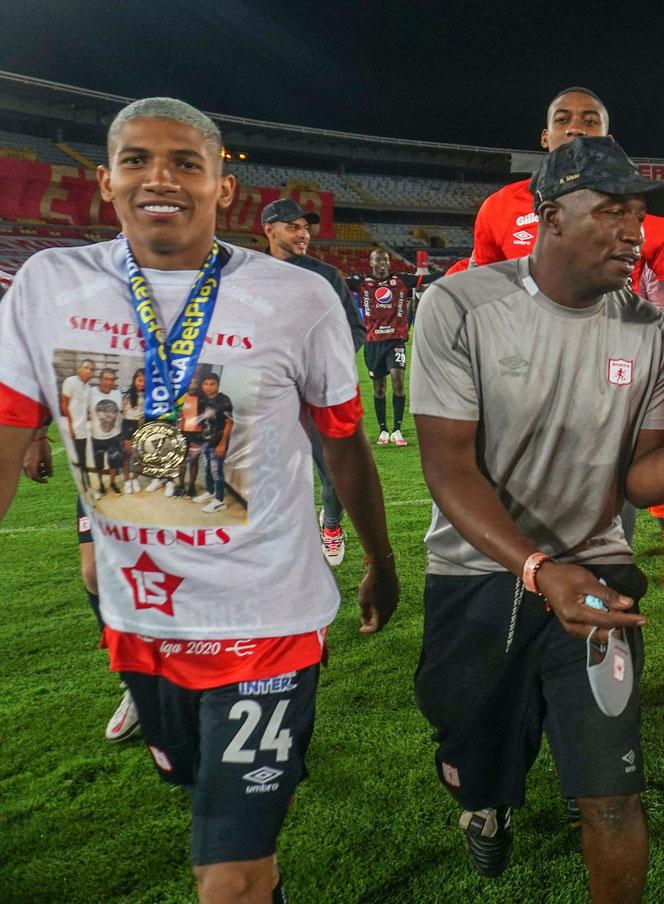 Nous sommes le 27 décembre dernier et l'ex-Stéphanois Luis Sanchez peut sourire : il est champion de Colombie