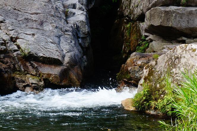 実は子供の頃から何度も奥津に行ったのですが、般若寺温泉に入るのはこれが初めて。