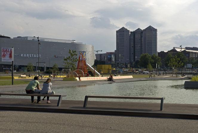 Foto von 2010. Hinter der Wasserfläche befindet sich heute die Zentrale der Funke Mediengruppe