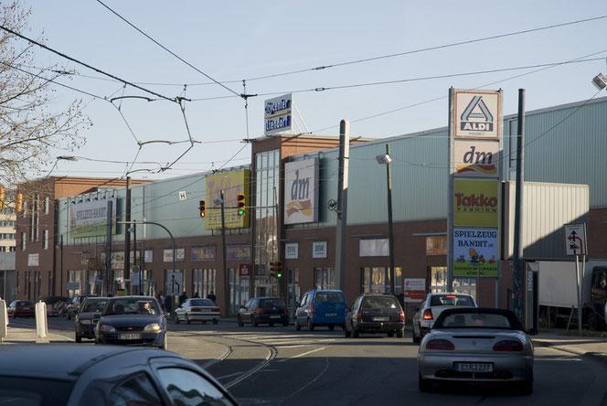 """Altendorfer Straße mit dem """"Citycenter Altendorf"""" vor 2017"""