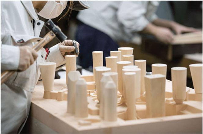鋳物の木型を製作