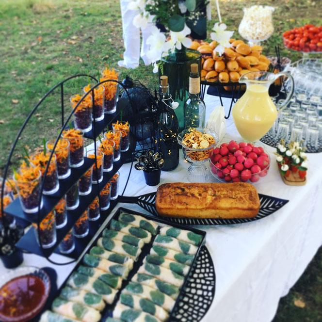 Buffet Soirée Anniversaire de Mariage en Noir & Blanc