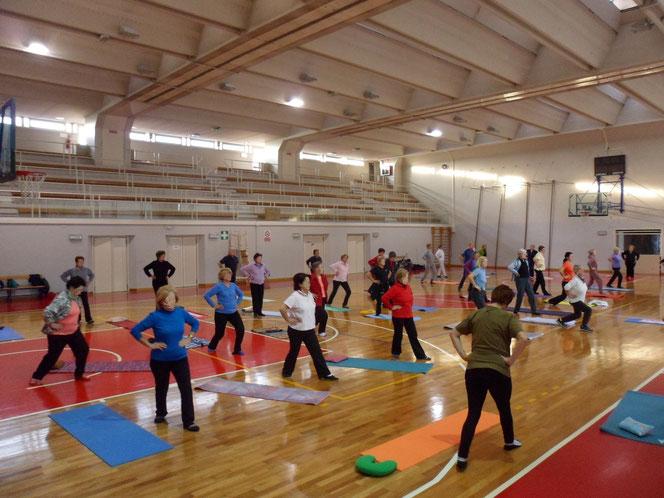 Dr. Alessandro Ovan Fisioterapista, ginnastica gruppo, fisioterapia