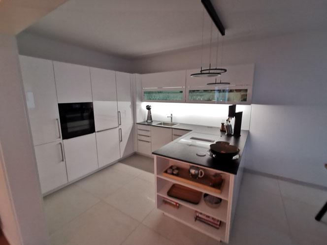 Einbauküche von Küchen und Einrichtungen Szymanski aus Rostock