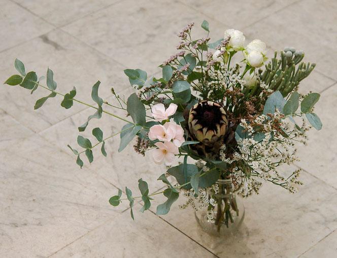 Blumenstrauß mit Protaea