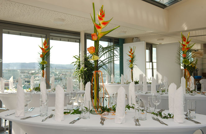 Flower arrangement for roof top party at Vienna´s HAUS DES MEERES