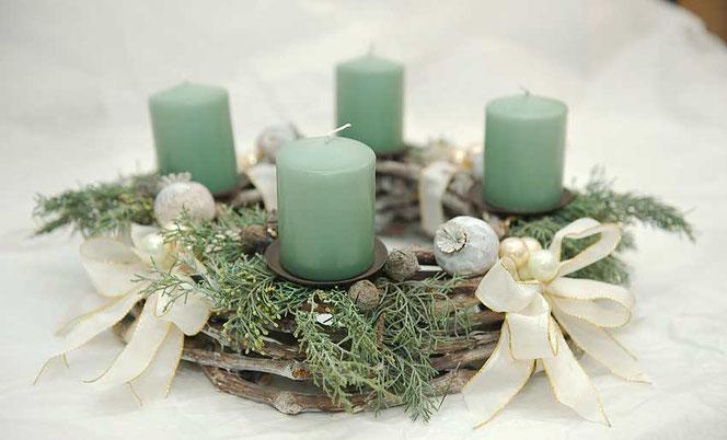 Adventskranz mintgrün