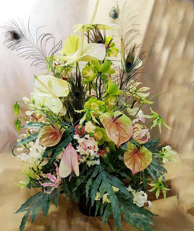 Tropische Blumendeko als Centerpiece für ihre Veranstaltung in Wien und Umgebung