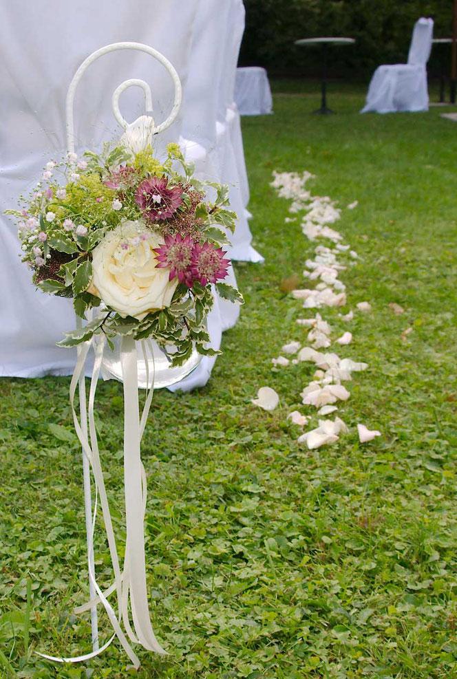 Blumendeko Hochzeit Garten Hochzeitsfloristik Wien