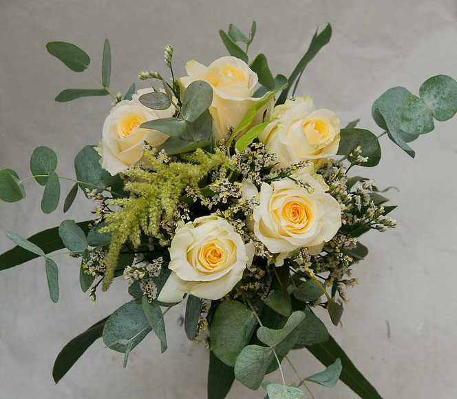 Small bridal bouquet for 30,- EUR