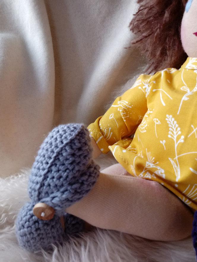 handgemachte Stoffpuppe, Waldorfart, Bio-Stoffpuppe, individuelle Stoffpuppe, Wunschpuppe, Puppe passend zum Kind, ökofairliebt, ökologische Kinderpuppe, Naturmaterial, Puppenhandwerk, bio-fair