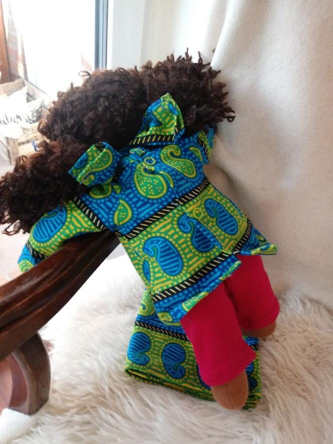 Bio-Stoffpuppe afrikanische Puppe dunkelhäutige Puppe afro-amerikanische Puppe, farbige Puppe, Waldorfart, Wunschpuppe, ökofairliebt, biofair, individuelle Puppe passend zum Kind, Puppenhandwerk, handgemachte Stoffpuppe, handgefertigt, Puppenfreund