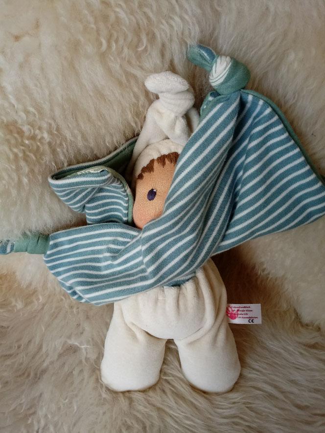 Tuchpuppe, erste Puppe, Erstlingspuppe, Waldorfart, Kuschelpuppe, Geburtsgeschenk, bio-fair, Naturmaterial. Puppenhandwerk, Bio-Stoffpuppe, handgemacht, handgefertigt, Wunschpuppe, individuelle Puppe passend zum Kind, ökologische Kinderpuppe, ökofairliebt