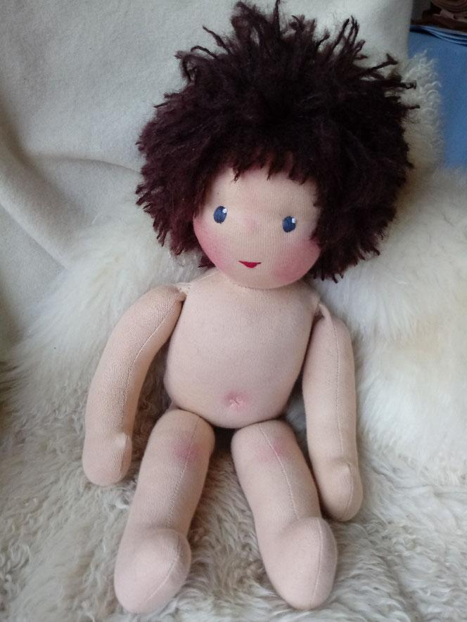 Bio-Stoffpuppe, individuelle Puppe, Wunschpuppe, handgemachte Puppe, Handarbeit, Waldorfart, pädagogische Puppe, Puppenhandwerk, Wunschpuppe, ökologische Kinderpuppe, ökofairliebt, Naturmaterial, Puppenfreund
