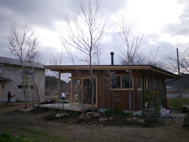 武田屋作庭店 庭づくり 雑木の庭 MELE  睦沢町 パン屋 森 MORI