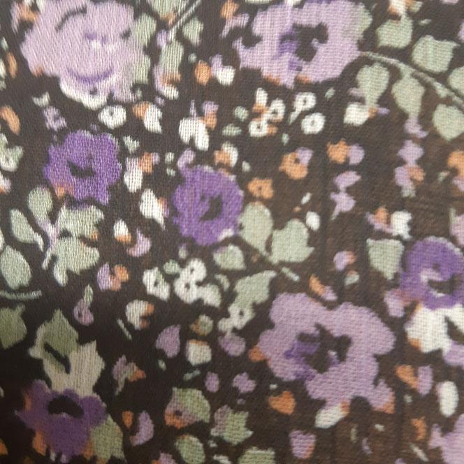 fournisseur au mètre de tissu mousseline à fleurs