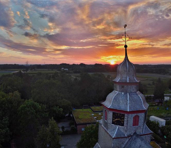 Kirche , Kirchturm, Sonnenuntergang