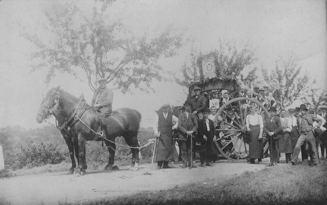 Die Vertretung des Wagnerhandwerks - Opa hatte eine Wagnerwerkstatt- auf dem 8. Nassauischem Bauerntag 1927