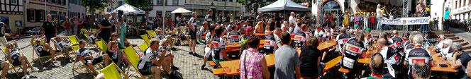 Auf dem Marktplatz in Oppenheim/Rheinhessen