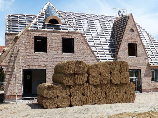 Rohbaus - Feuchtigkeit Estrich, Estrich Bautrockner, Luftfeuchtigkeit, Wasserflecken, Haus bauen