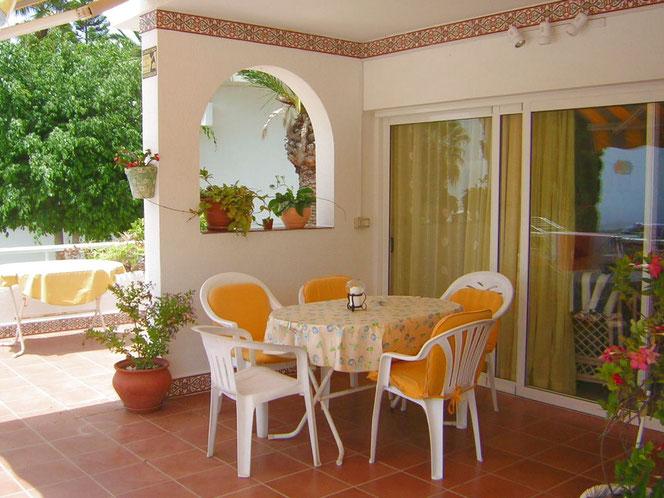 Terrasse vom Ferienhaus in ländlicher Umgebung im süden auf Teneriffa bei Chayofa , Nähe Los Christianos