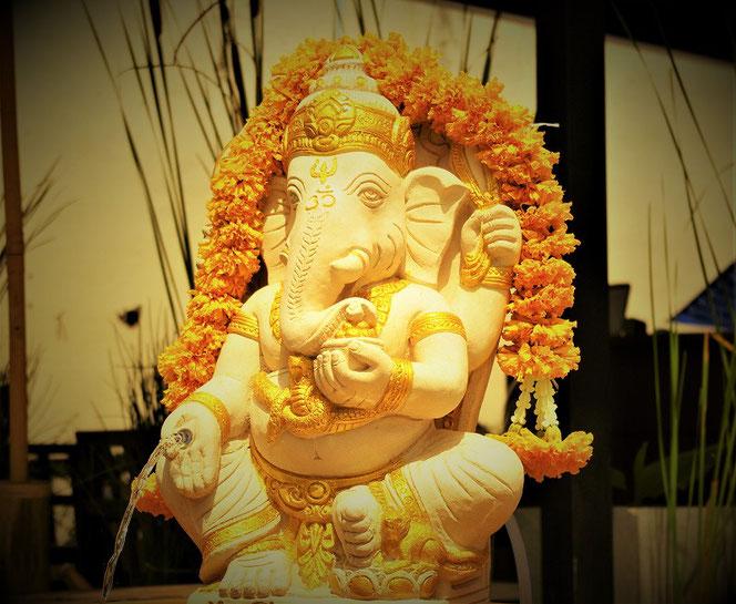 ガネーシャ神の写真。タイ出張時チェンマイで撮影