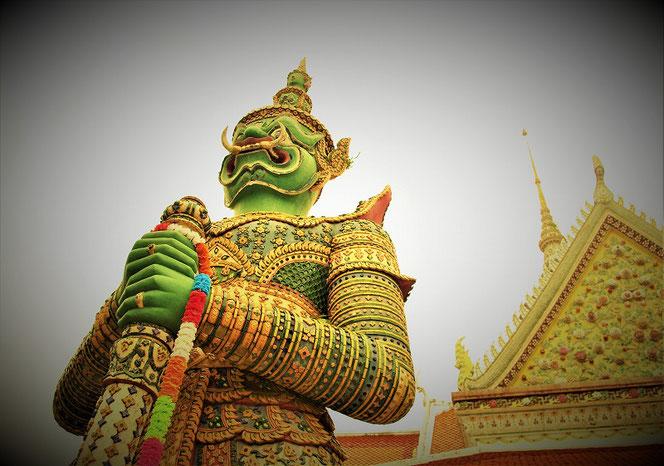 タイ・バンコクのヤック像の写真