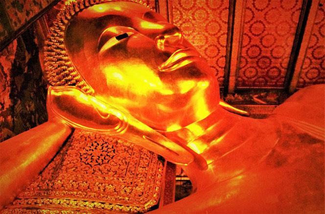 ワット・ポー (涅槃寺・wat pho)の涅槃仏(リクライニング・ブッダ/Reclining Buddha) @バンコク・タイランド