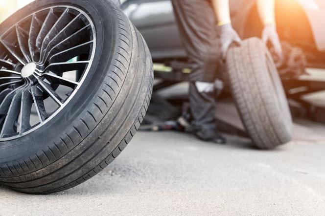 Reifenwechsel und Pneuwechsel bei Garage Stocker bei Basel