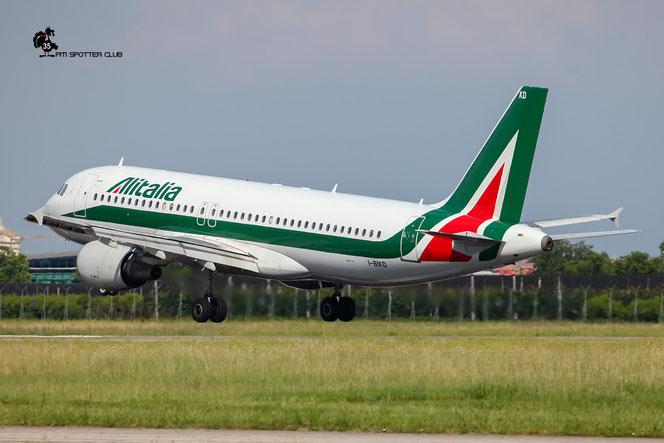 I-BIKD A320-214 1457 Alitalia @ Aeroporto di Verona - 18/06/2016 © Piti Spotter Club Verona