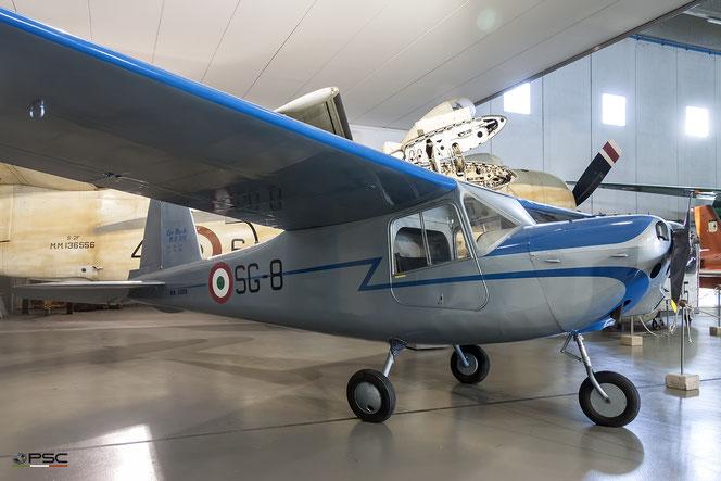 Mb-308 AMI esposto al museo dell'Aeronautica di Vigna di Valle (Archivio PSC)