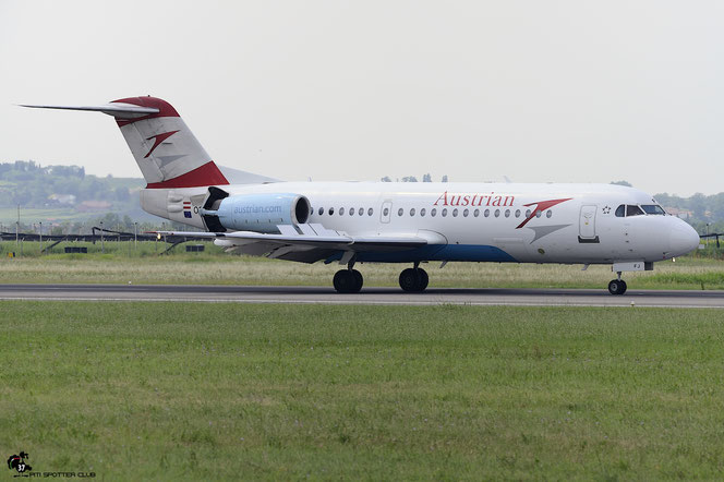 OE-LFJ Fokker 70 11532 Austrian Airlines @ Aeroporto di Verona - 1702/07/2016 © Piti Spotter Club Verona